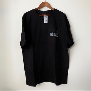 VANS | NWT 'OFF THE WALL' DIGITAL GRAPHIC T-SHIRT